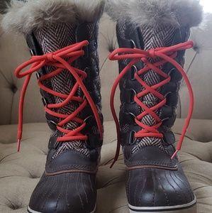 Sorel Tofino boots 10